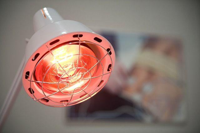 fysiotherapie rood licht warmte lampen